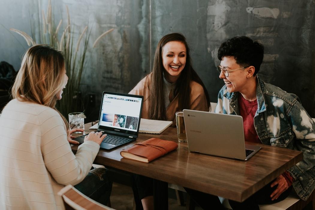 Как общаться с блогерами
