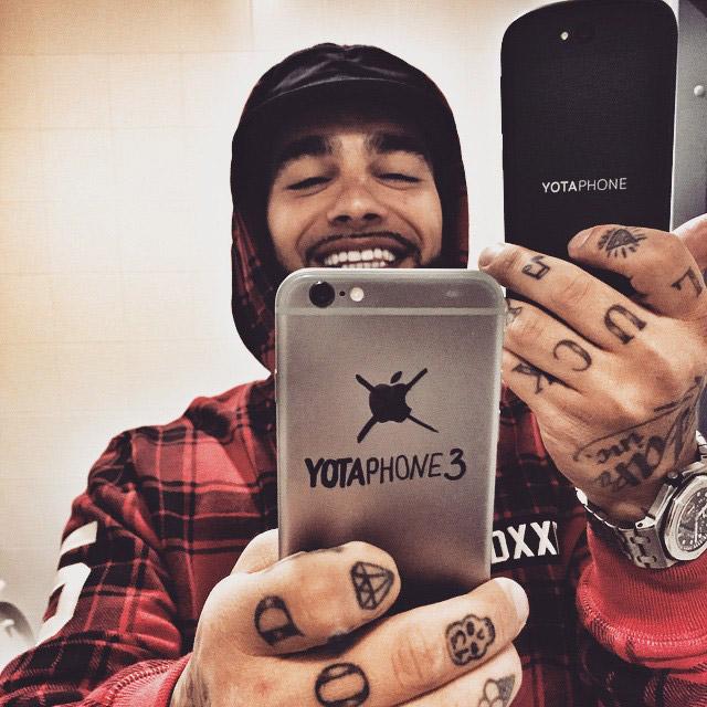 Тимати YotaPhone
